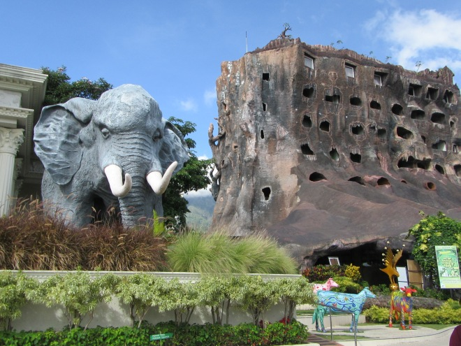 stellycious_eco_green_park_batu_secret_zoo_1-jpg
