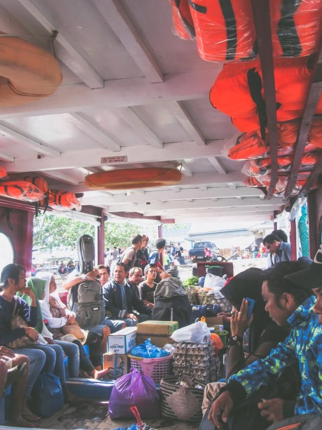 stellycious-gili-trawangan-ferry-1